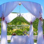Сватбена арка в ресторант Лебед шатра от сватбена агенция